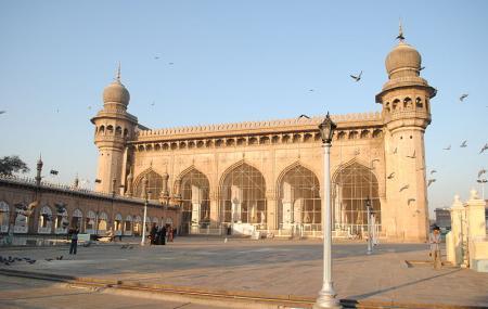 Mecca Masjid Image