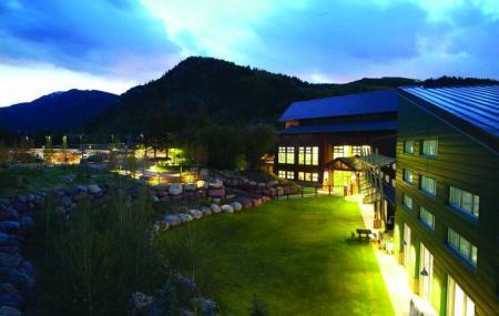 Aspen Recreation Center Image