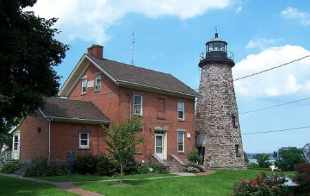 Charlotte Genesee Lighthouse Image