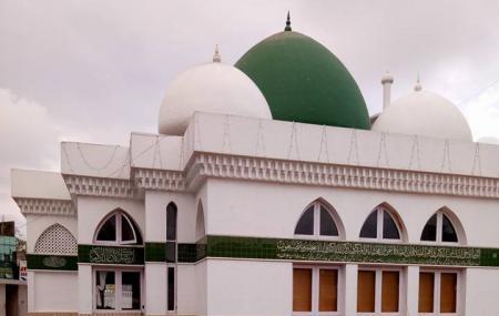 Thousand Lights Mosque Image