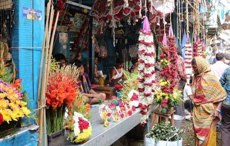 Mullick Ghat Flower Market Image