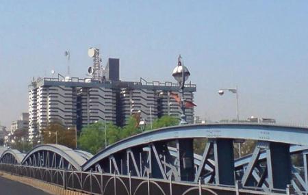 Ellis Bridge Image