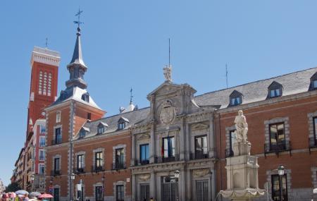 Palacio De Santa Cruz Image