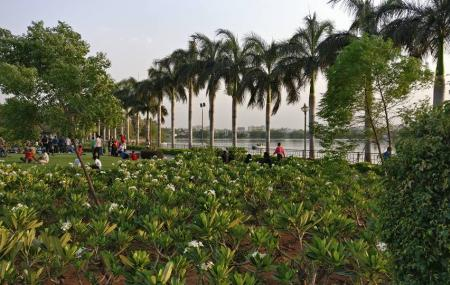 Priyadarshini Park Image
