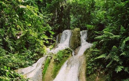 Tad Thong Waterfall Image