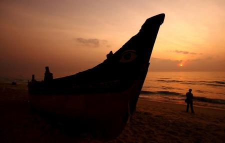 Thiruvanmiyur Beach Image
