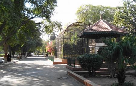 Karachi Zoo Image