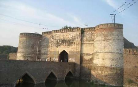 Lohagarh Fort Image