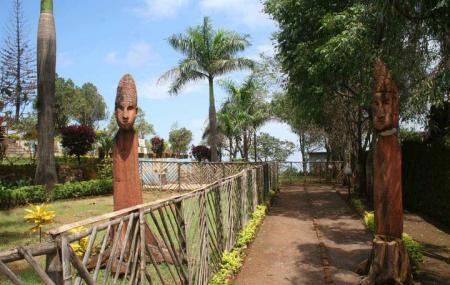 Lake Garden Image