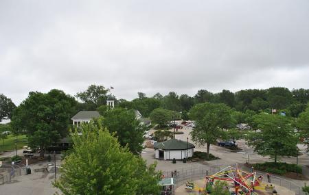Bay Beach Amusement Park Image
