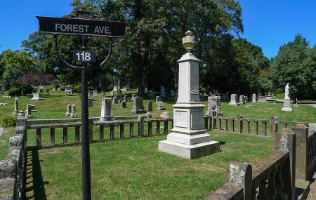 Swan Point Cemetery Image