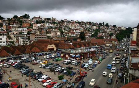Analakely Market Image
