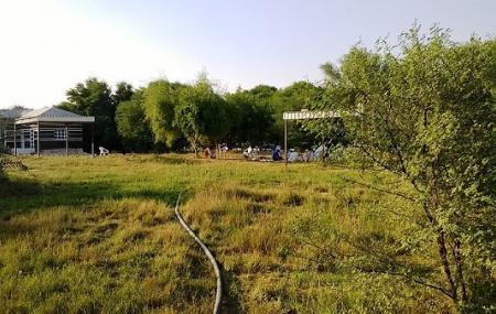 Al Dosari Zoo And Game Reserve Image