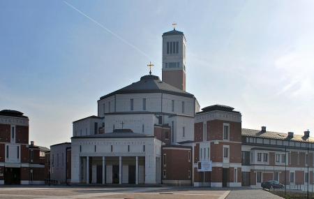 Sanktuarium Swietego Jana Pawla Ii Image