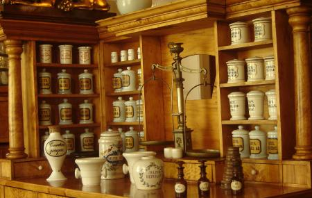 Pharmacy Museum Image