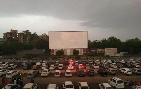 Sunset Drive In Cinema Image