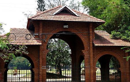 Mananchira Square Image
