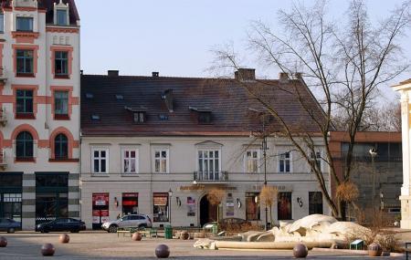 Szczepanski Square Image