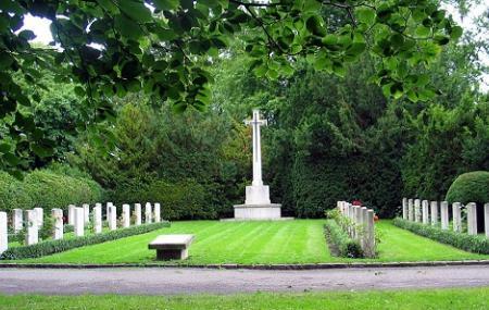 Bispebjerg Cemetery Image