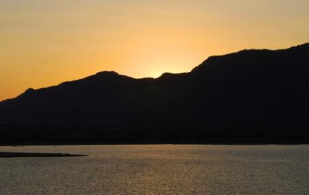 Foy Sagar Lake Image