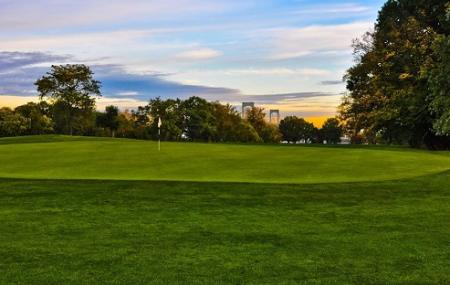 Clearview Park Golf Course Image
