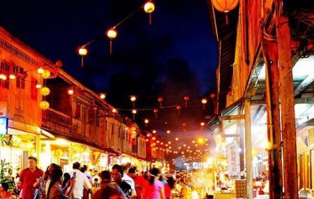 Siniawan Night Market Image