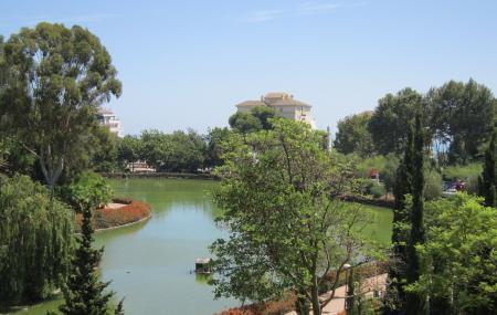 Parque De La Paloma Image