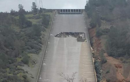 Oroville Dam Image