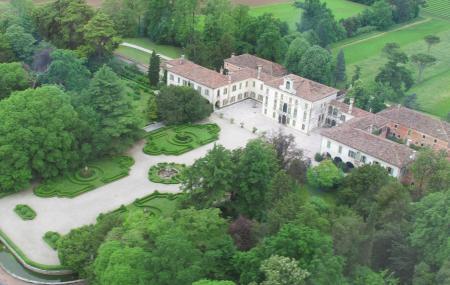 Villa Tiepolo Passi Image