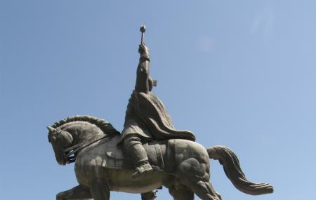 Michael The Brave Equestrian Statue Image