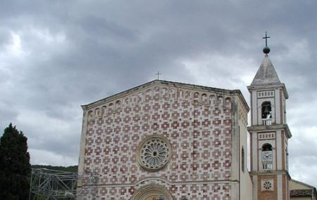 Santuario Del Volto Santo Image