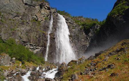 Feigumfossen Waterfall, Luster Shll Fyjwmfwsyn Image