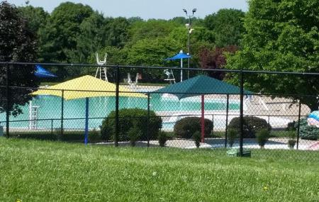 Bluejacket Outdoor Pool Image
