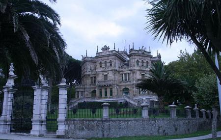 Edifice Of Los Pinares Image