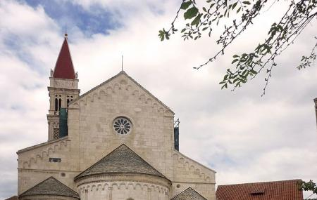 Cathedral Of Saint Lawrence Image