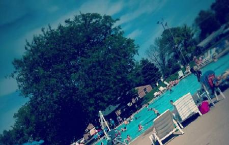 Riley Park Swimming Pool Image