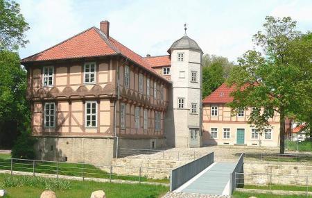 Fallersleben Castle Image