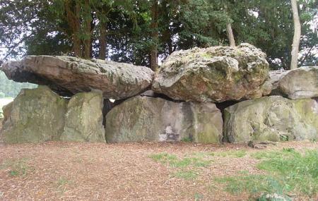 Dolmen De La Grotte Aux Fees Image
