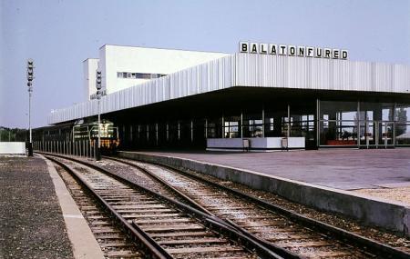 Balatonfured Vasutallomas Image