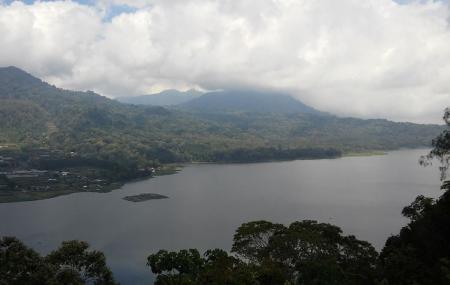 Tamblingan Lake Image