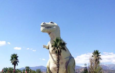 Cabazon Dinosaur Museum Image