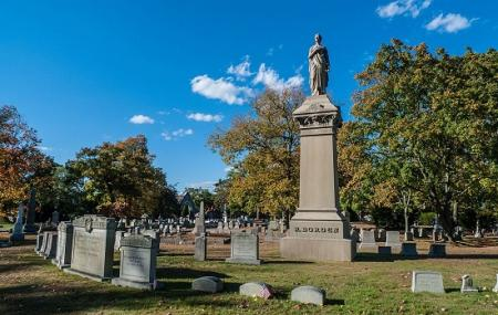 Oak Grove Cemetery Image