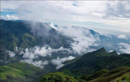 Meesapulimala Image
