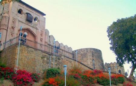 Jhansi Fort Image
