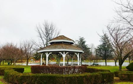Babylon Town Hall Park Image