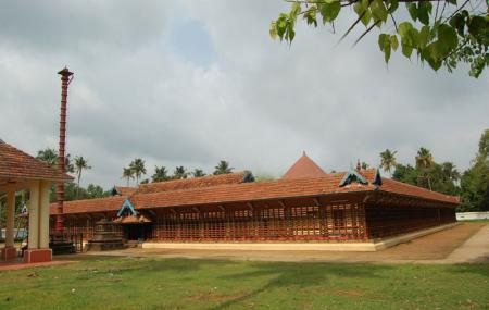 Thirumoozhikkulam Sree Lakshmana Perumal Temple Image