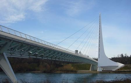 Sundial Bridge Image