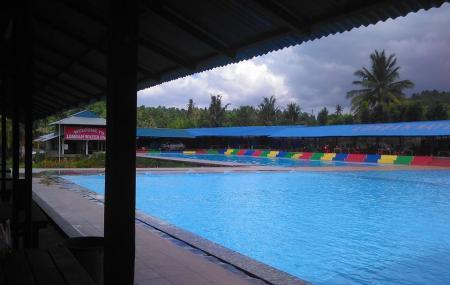 Lomban Waterpark Image
