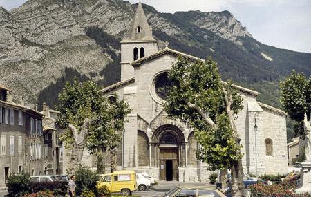 Cathedrale Notre-dame-des-pommiers Image