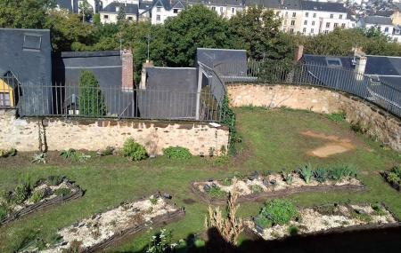 Entre Cours Et Jardins - Cite Plantagenet Image